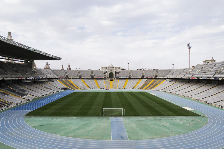Estadio Olímpico Lluís Companys (1927), 2013. Image © Pol Masip