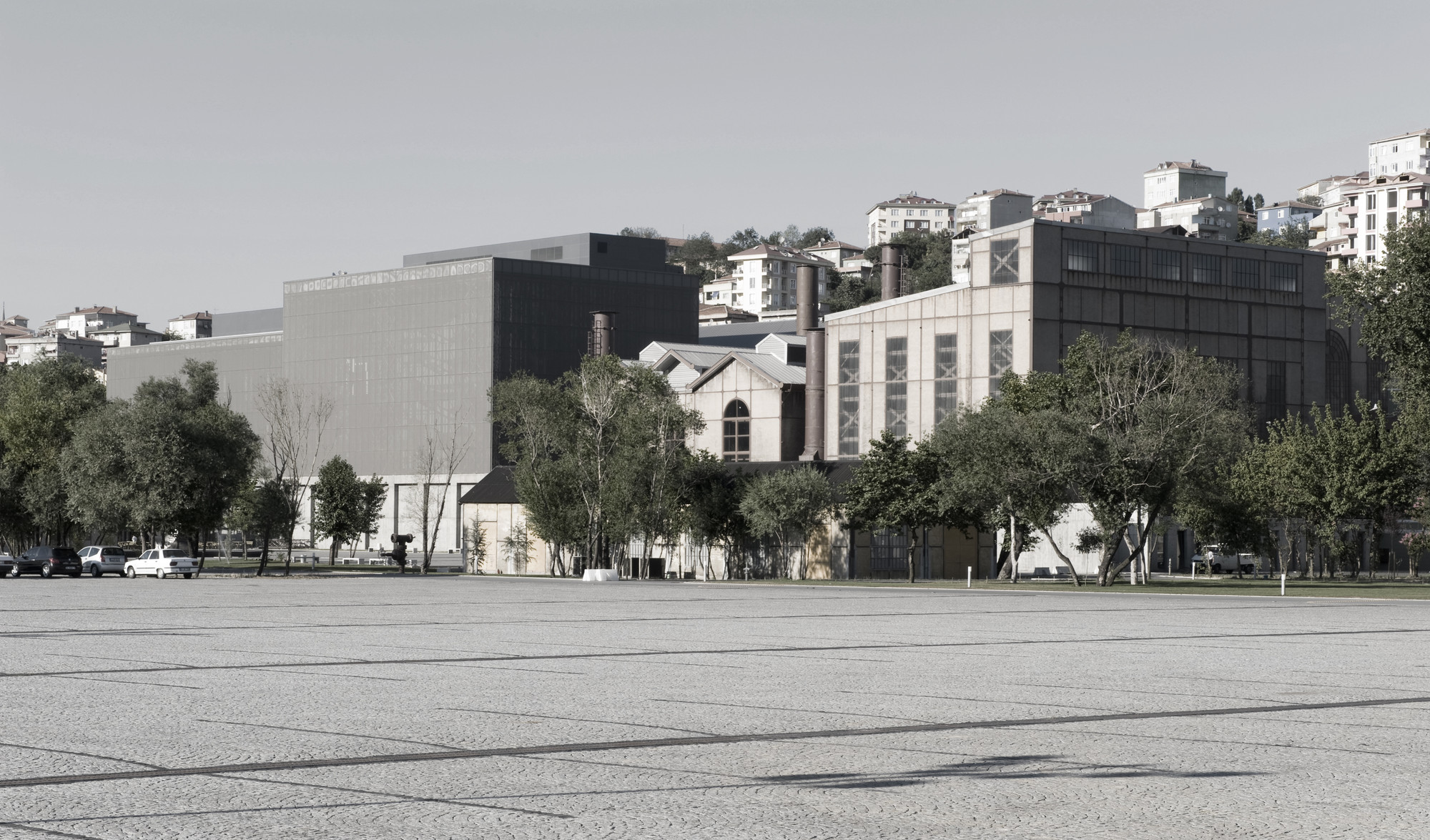 istanbul museum of modern art Istanbul contemporary art museum (iscam) is an independent, artist run museum established in istanbul in 1997 it is the oldest contemporary art museum in istanbul iscam an alternative art organisation that develops, evolves and collaborates with other institutions and networks one of its.