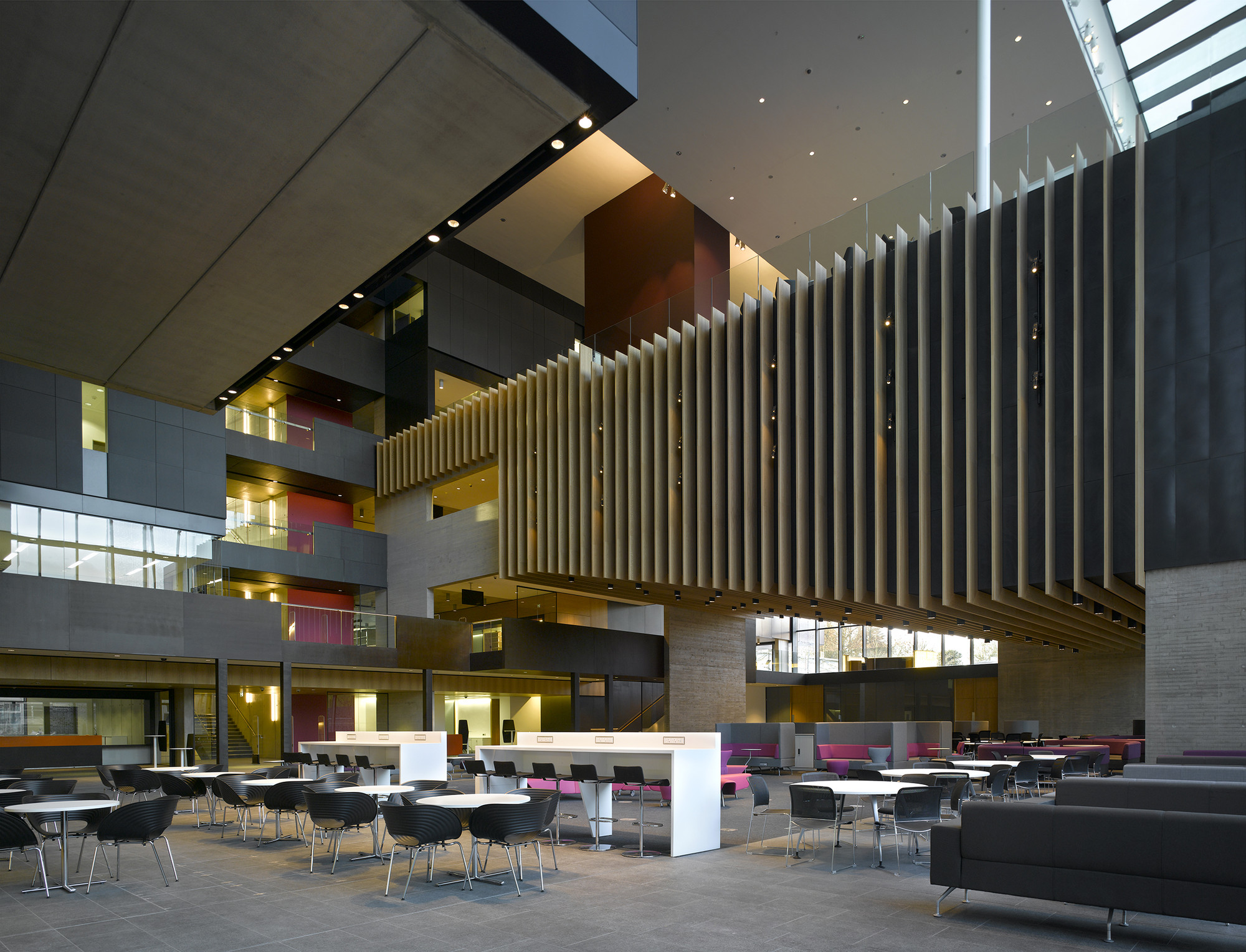 john henry brookes and abercrombie building design engine archdaily. Black Bedroom Furniture Sets. Home Design Ideas