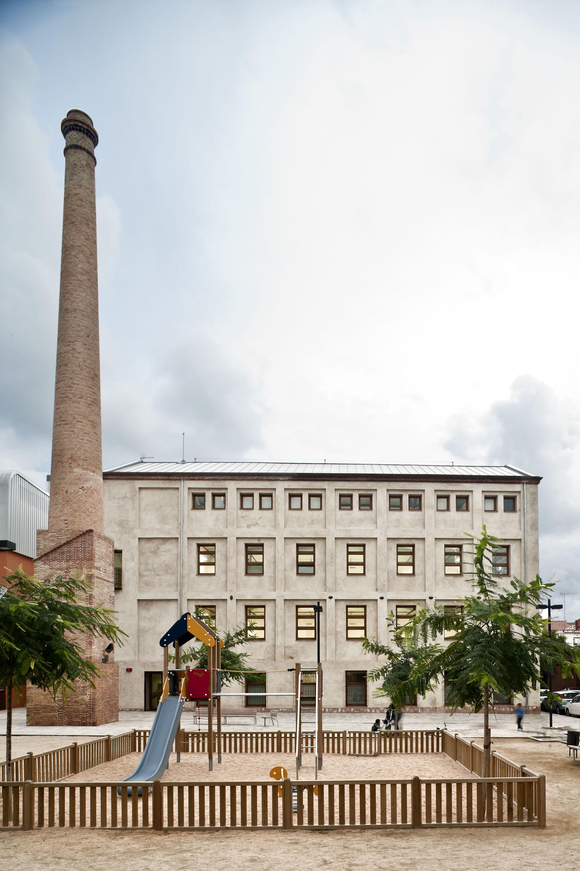 Reforma Y Rehabilitaci N De La Nave Industrial Can