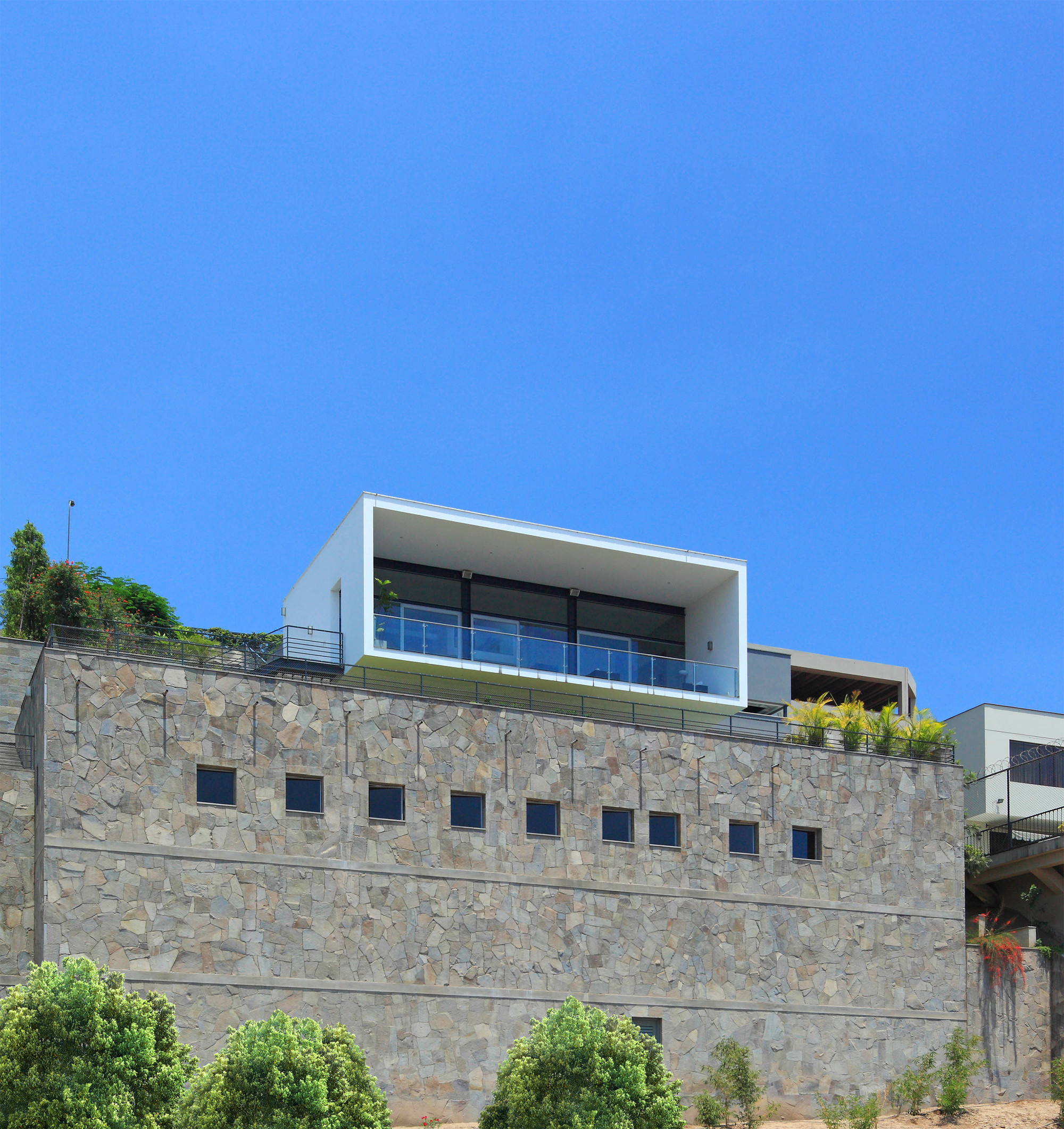 Gallery of b house domenack arquitectos 4 for B house