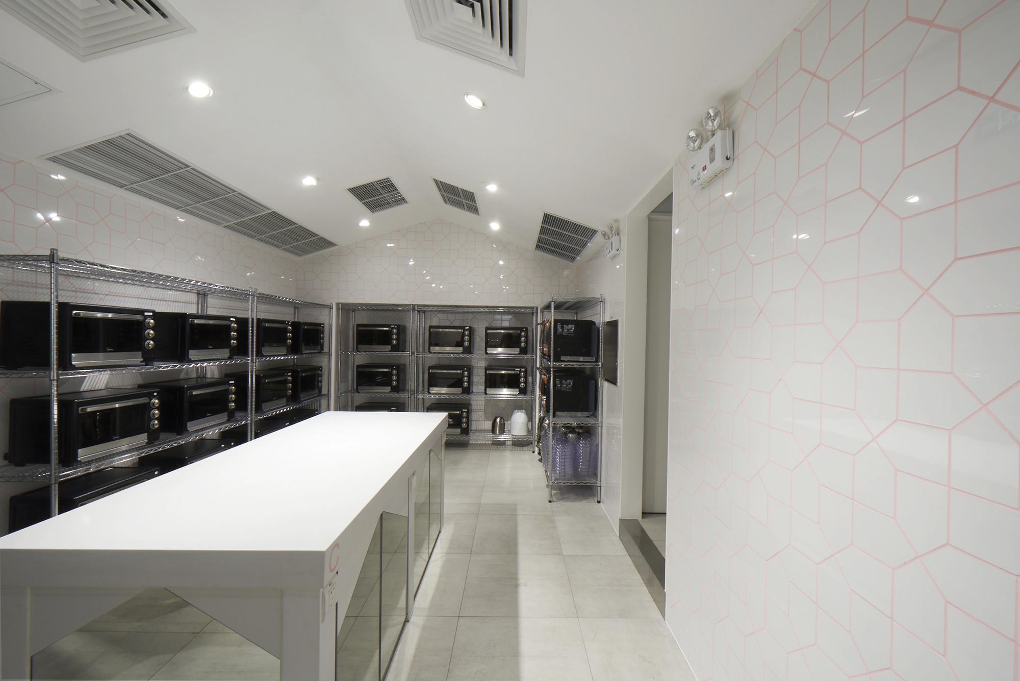 Gallery of abc cooking studio prism design 11 for Studio 11 architecture