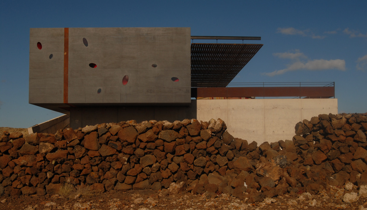 Vivienda en Isla Fuerteventura / Ilya Escario, © Carl Lang