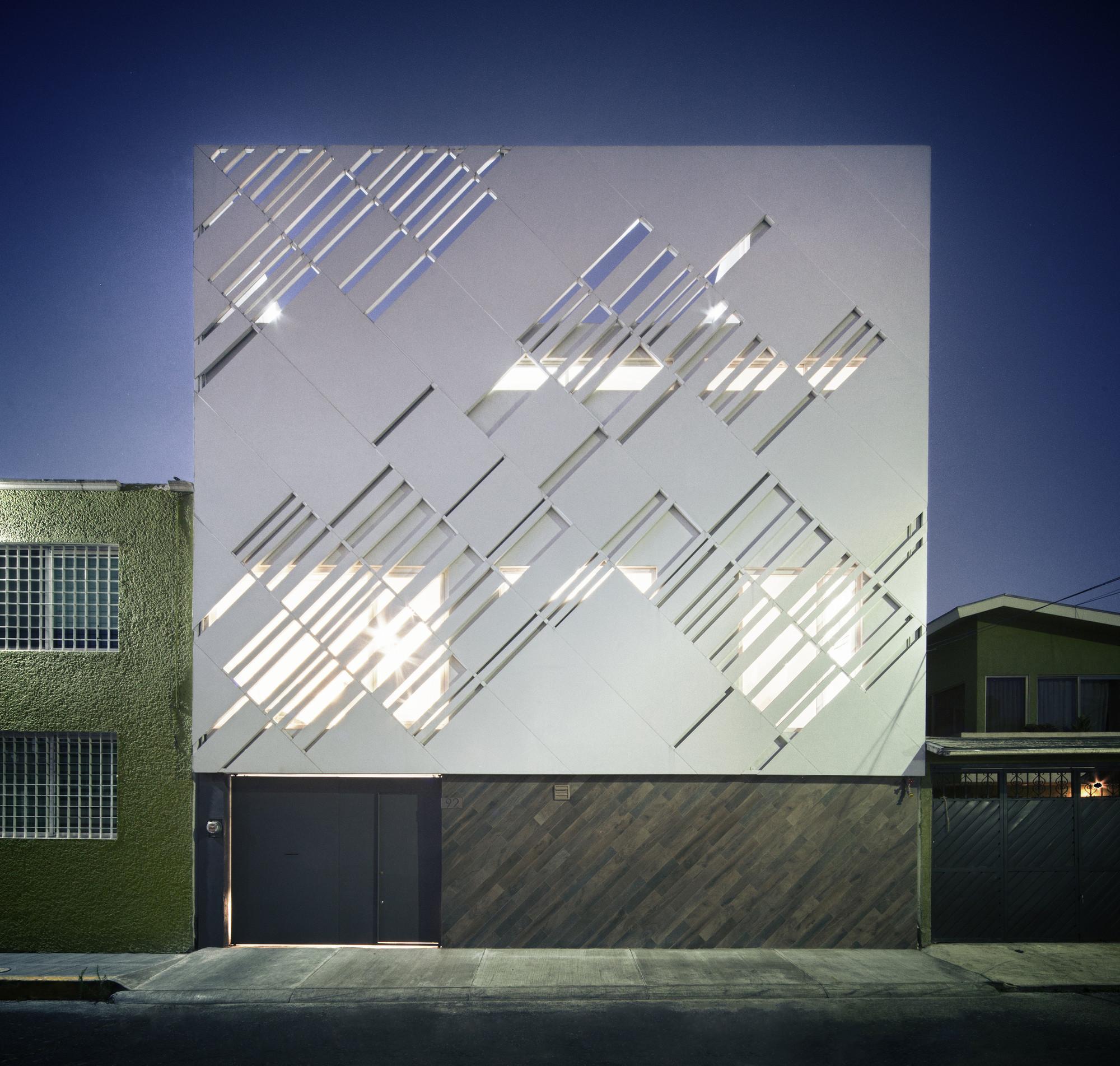 Zurita Box / Darkitectura, © Yoshihiro Koitani