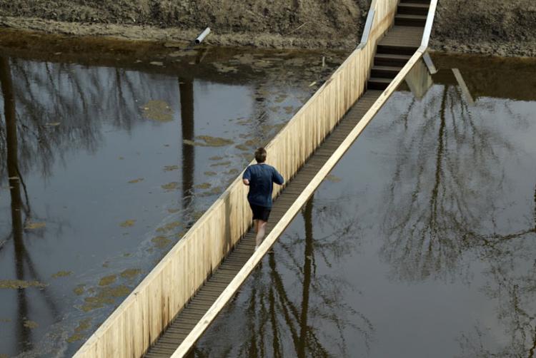 El puente de Moisés / RO & AD Architects . Image © RO & AD Architects