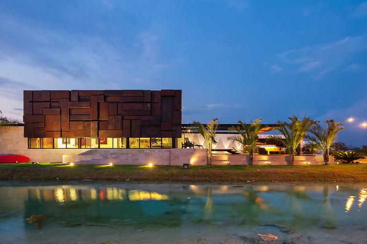 Casa PL2 / Seijo Peon Arquitectos y Asociados, © Tamara Uribe Photography