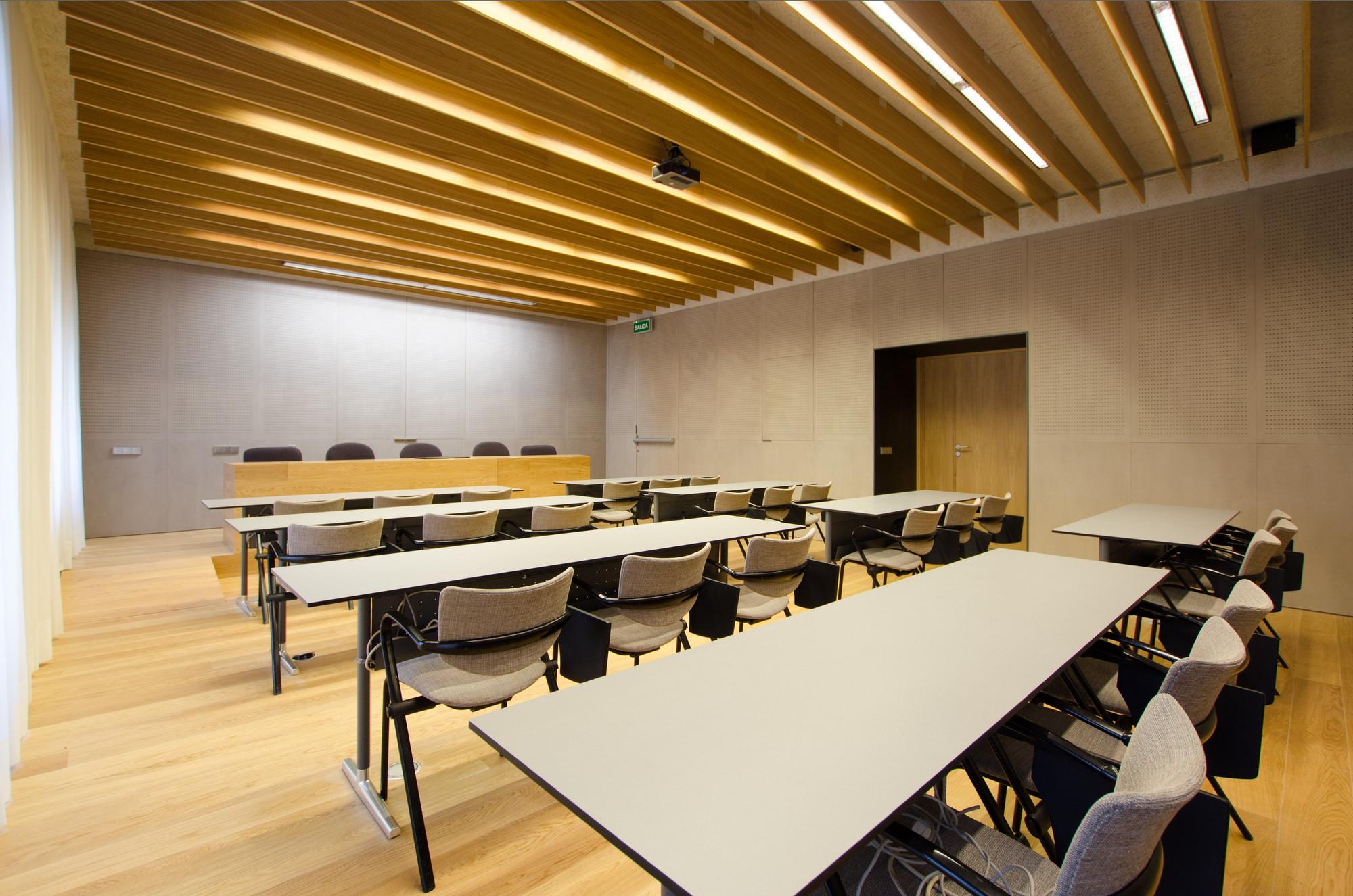 Galería de Proyecto de Iluminación: Colegio de Ingenieros ...