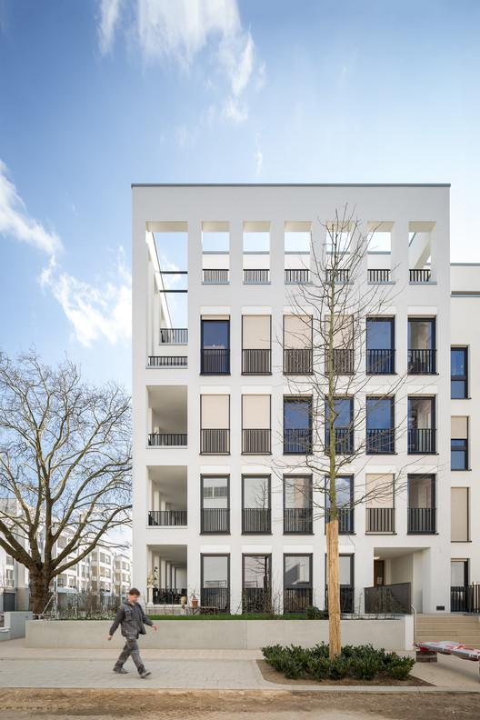 """Complejo habitacional """"Park Linné"""" /  kister scheithauer gross architekten, © Yohan Zerdoun"""