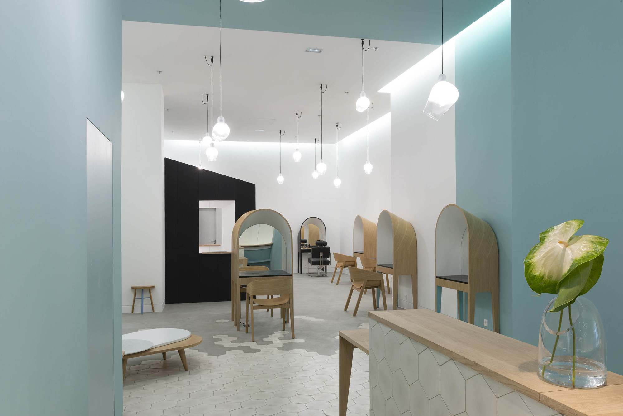 Le Coiffeur / Margaux Keller Design Studio + Bertrand Guillon ...