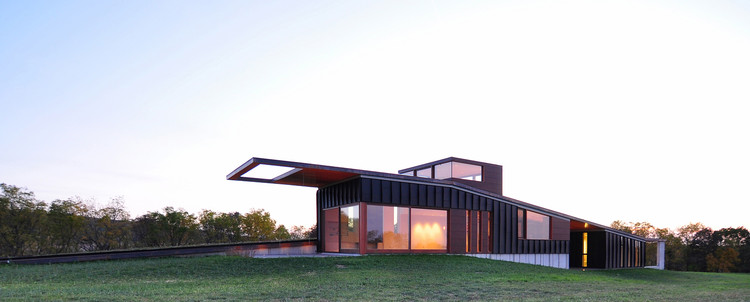 Casa Topo / Johnsen Schmaling Architects, © John J. Macaulay