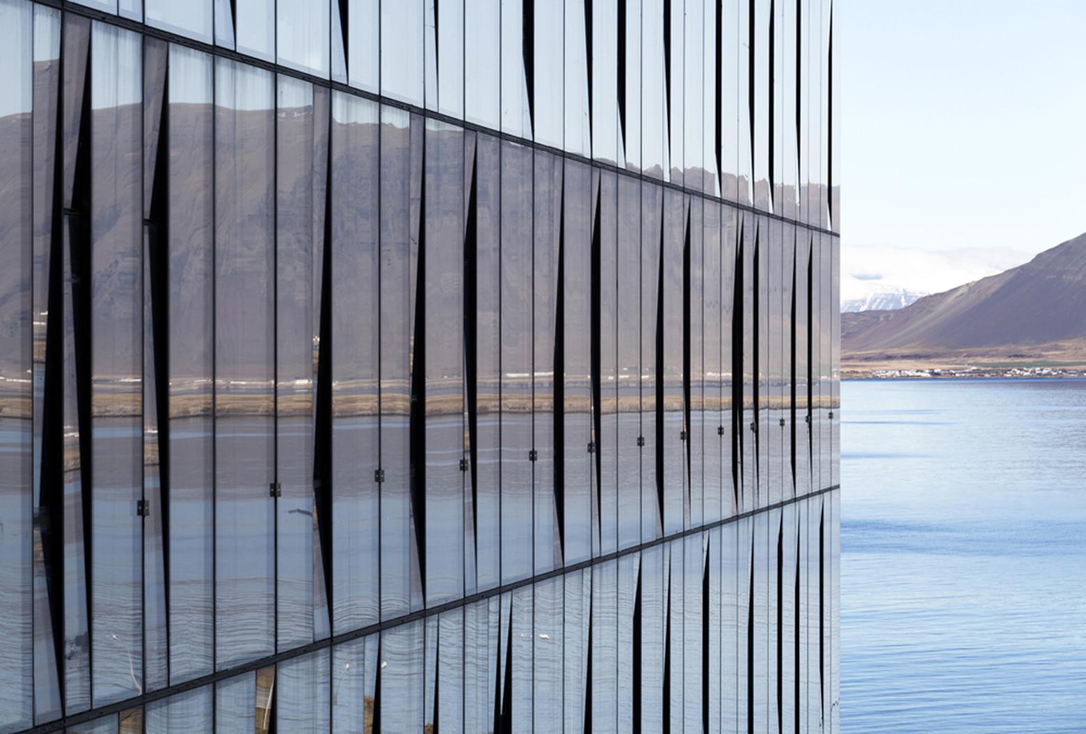 Curtain Wall Architecture : Turninn pk arkitektar archdaily