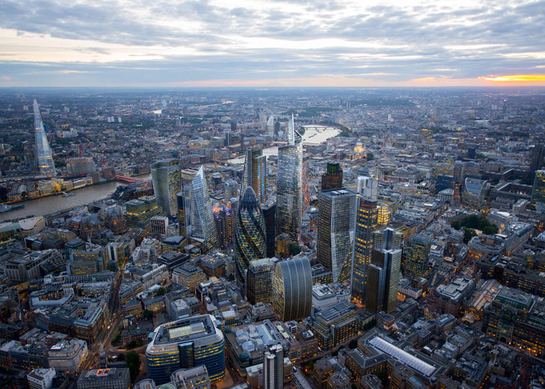 Does London's Planning System Lack Civic Representation?, London's skyline is set to be dramatically altered by tall buildings in the near future. Image Courtesy of CPAT / Hayes Davidson / Jason Hawkes