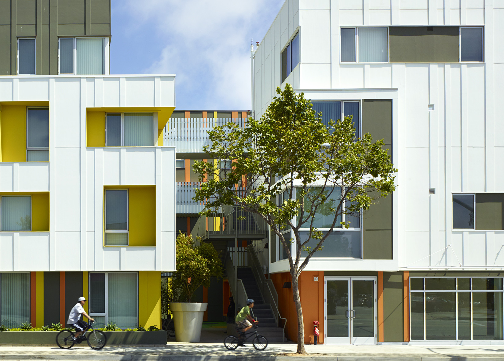 2014 los angeles architectural awards announced archdaily for Multi family architecture