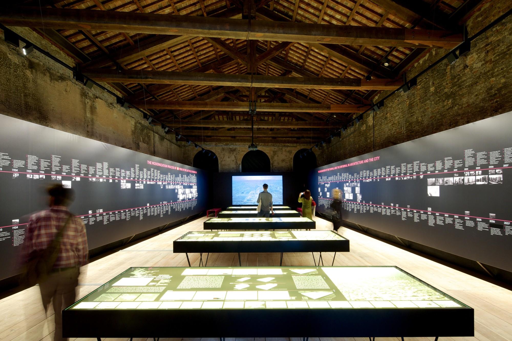 IN/FORMAL / Pabellón de Perú en la Bienal de Venecia 2014 , © Nico Saieh