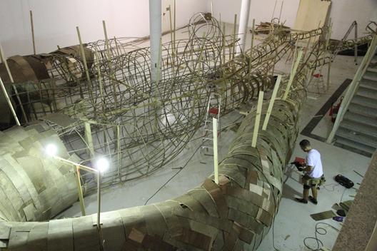 La instalación en construcción. Imagen Cortesía de MAC USP via www.mac.usp.br