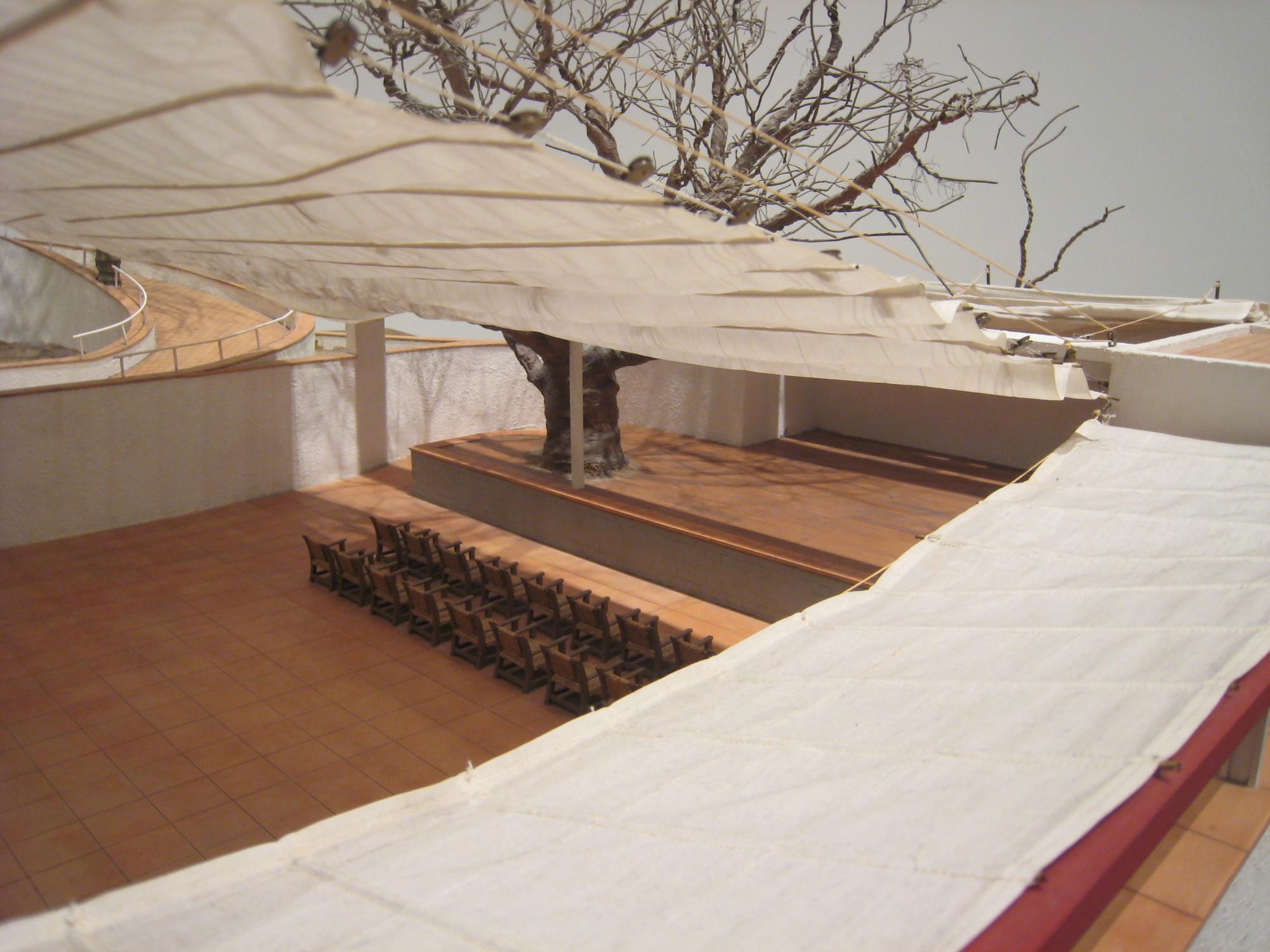 Maqueta / Patio interior. Image Courtesy of Óscar Miguel Ares