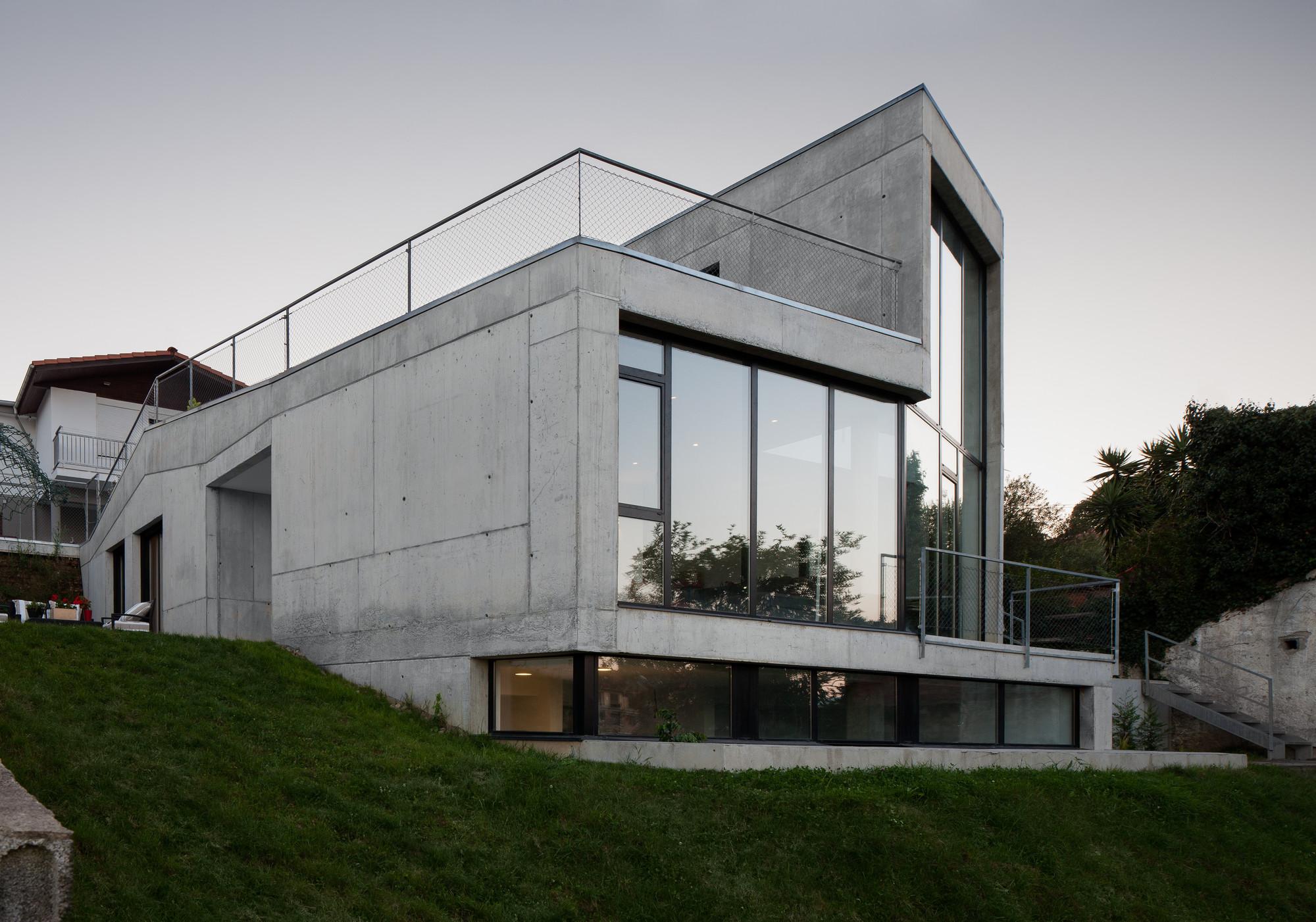 MNGB House / VAUMM, © Aitor Ortiz