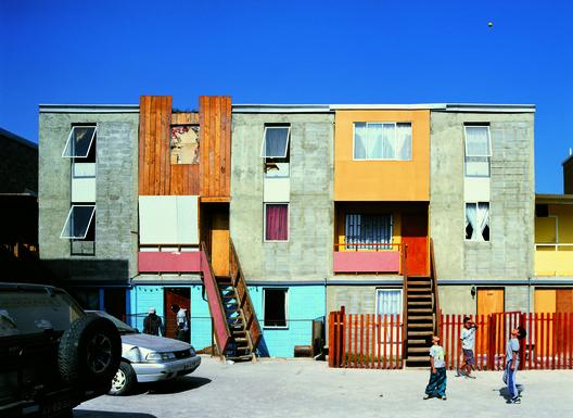 Elemental's houses in Quinta Monroy, Iquique. © Cristóbal Palma