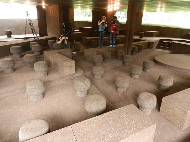Primeras imágenes de la Serpentine Gallery 2012 de Herzon & de Meuron y el artista chino Ai Weiwei