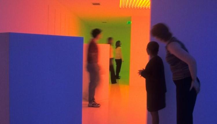 """Carlos Cruz-Diez: """"El color en el espacio y en el tiempo"""" en el MUAC"""