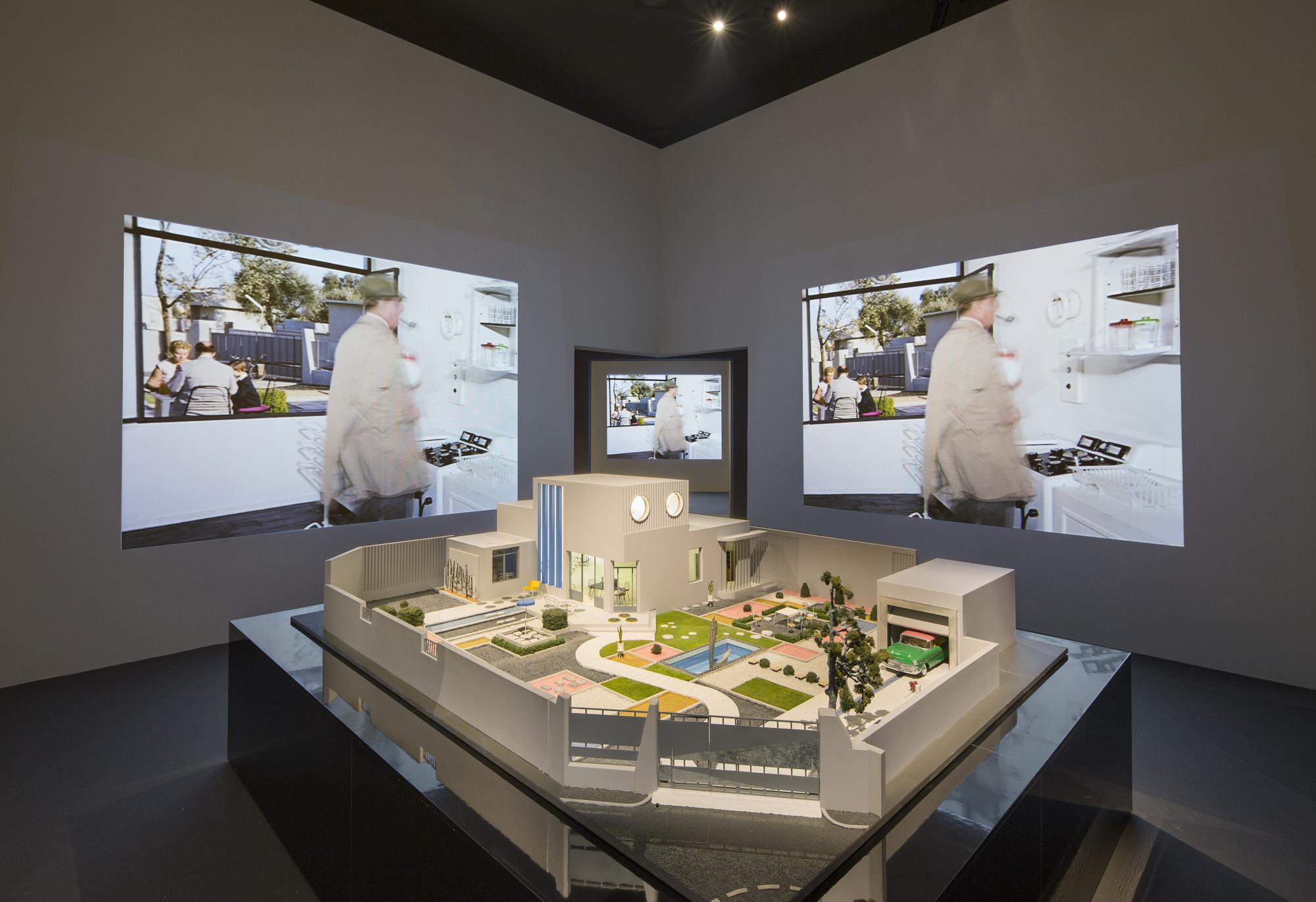 """Inside France's """"Modernity, Promise or Menace?"""" - Special Mention Winner at the Venice Biennale 2014 , © Luc Boegly / Pavillon français pour l'Institut français et le Ministère de la Culture et de la Communication"""