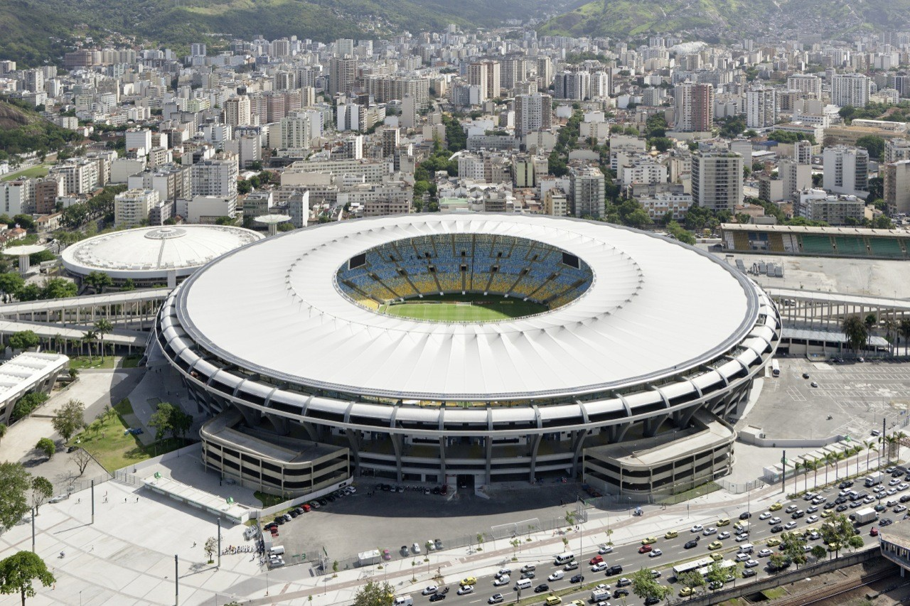 http://images.adsttc.com/media/images/5398/b4a1/c07a/8056/9e00/06be/large_jpg/schlaich_bergermann_und_partner_Estadio_Maracana_1771_2880px.jpg?1402516621
