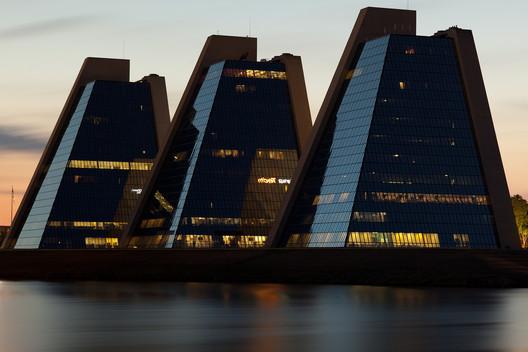 College Life Insurance Company HQ. Image © Jimmy Baikovicius