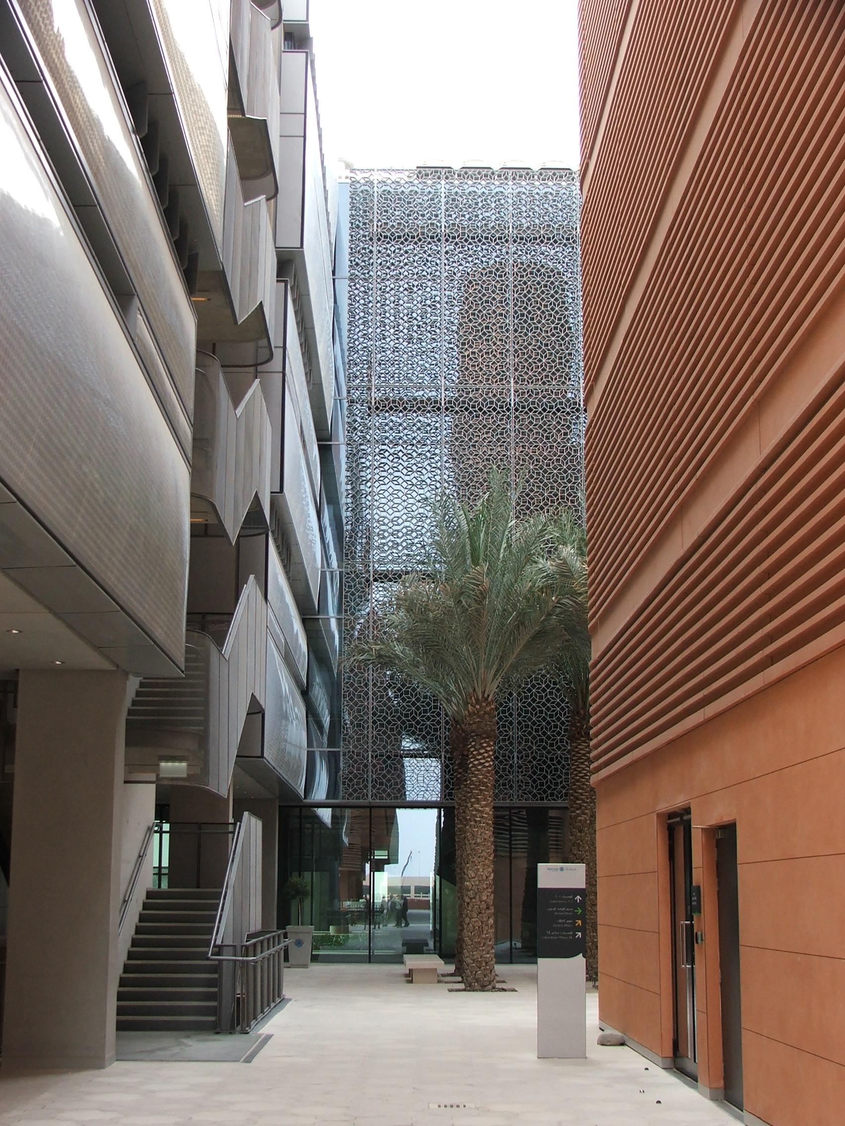 Gallery Of Inside Masdar City 2