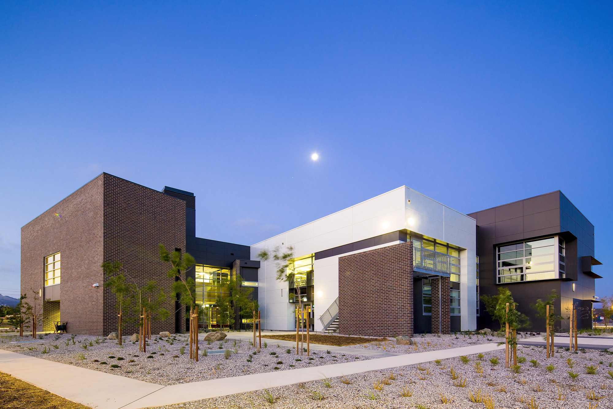 ACT Chapter Award for Sustainable Architecture – John Paul College by Collins Caddaye Architects. Image © Stefan Postles