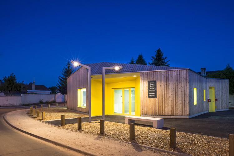Centro comunitario Sardine  / Gayet-Roger Architects, © Julien Fernandez
