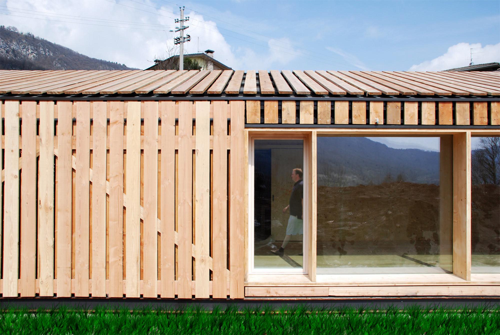 Lineal House in Bione / estudoquarto, © Marcio Tolotti