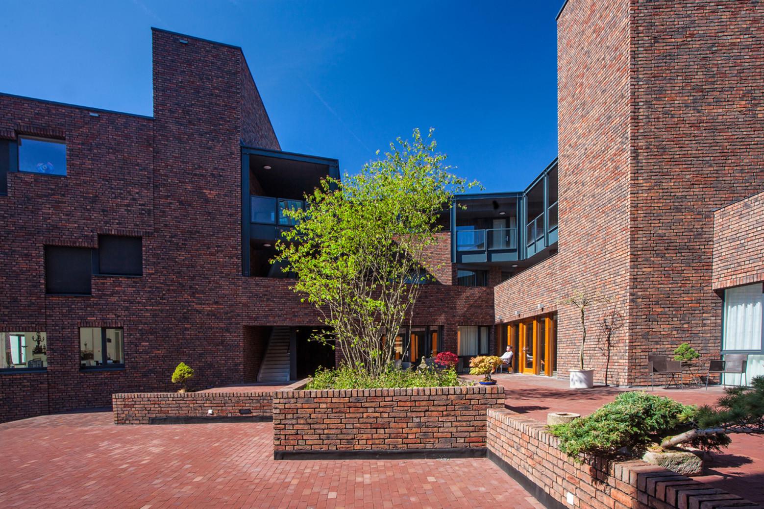 Apartment Building on the Willem Wilminkplein / Onix, © Tjeerd Derkink