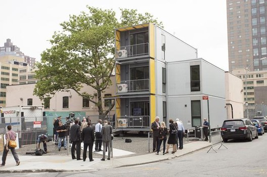 Exterior Of The Prefabricated Relief Housing Units. Image Courtesy of GOTHAMIST / JAKE DOBKIN