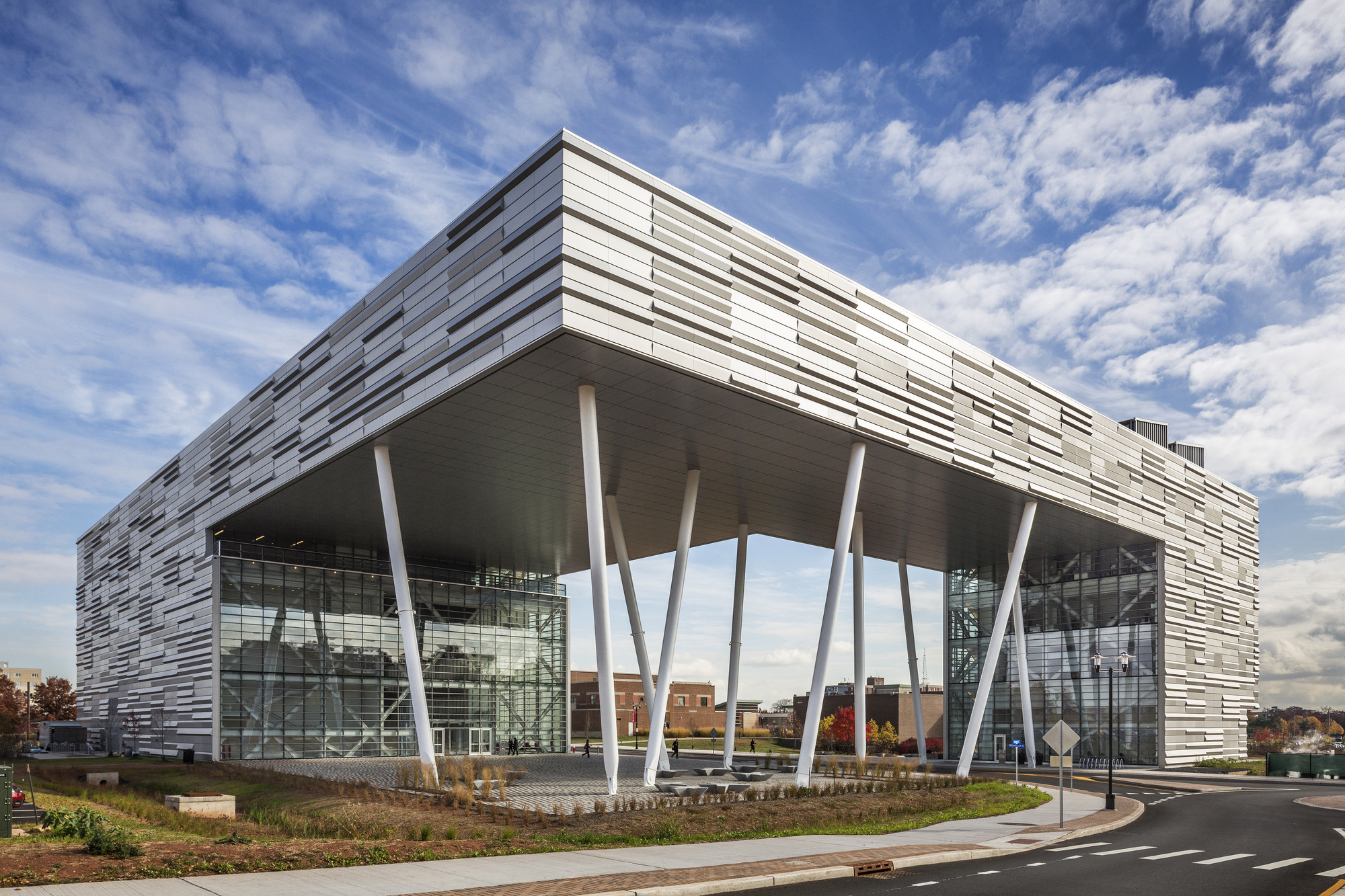 Rutgers Business School / TEN Arquitectos, © Peter Aaron / Esto