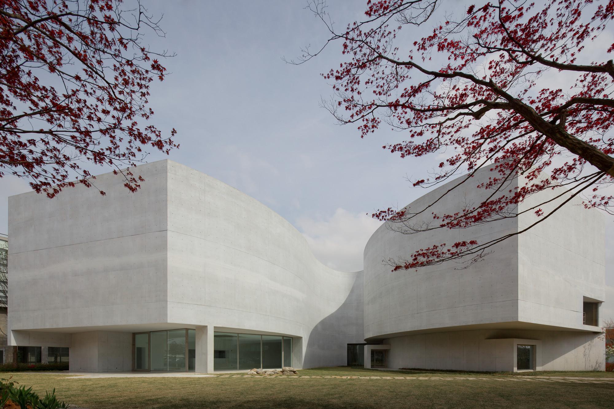 Museu Mimesis | with Carlos Castanheira & Jun Sung Kim – 2011. Image © Fernando Guerra | FG+SG