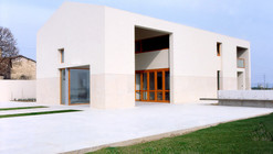 Casa en Gardelegui  / Roberto Ercilla Arquitectura