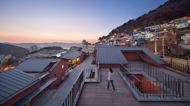 Soogook Village / op'us  architects, © Joonhwan Yoon