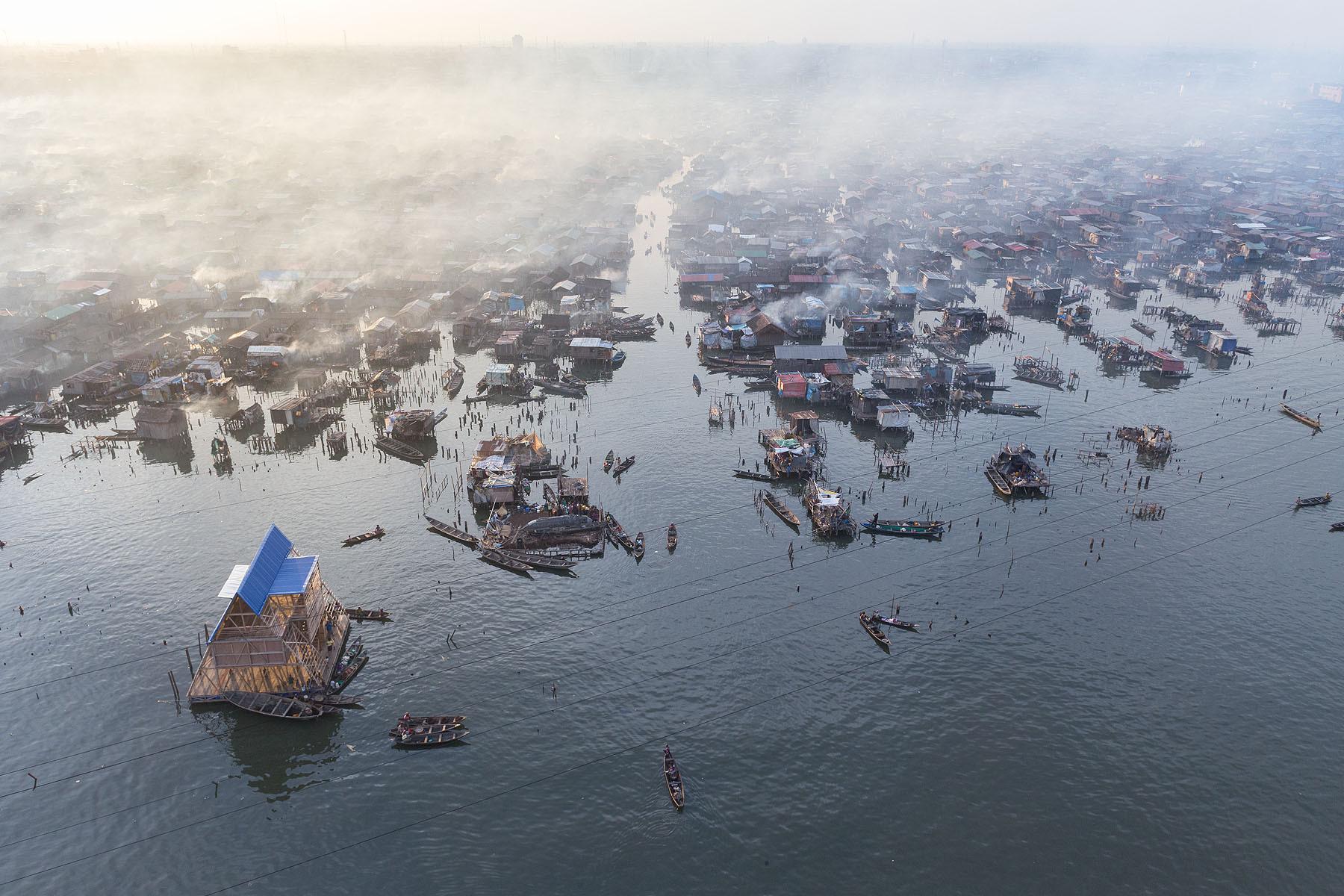 Iwan Baan to Judge Avant Guardian Photography Contest , Makoko, Lagos, Nigeria (Featured: Makoko Floating School by NLE Architects). Image © Iwan Baan