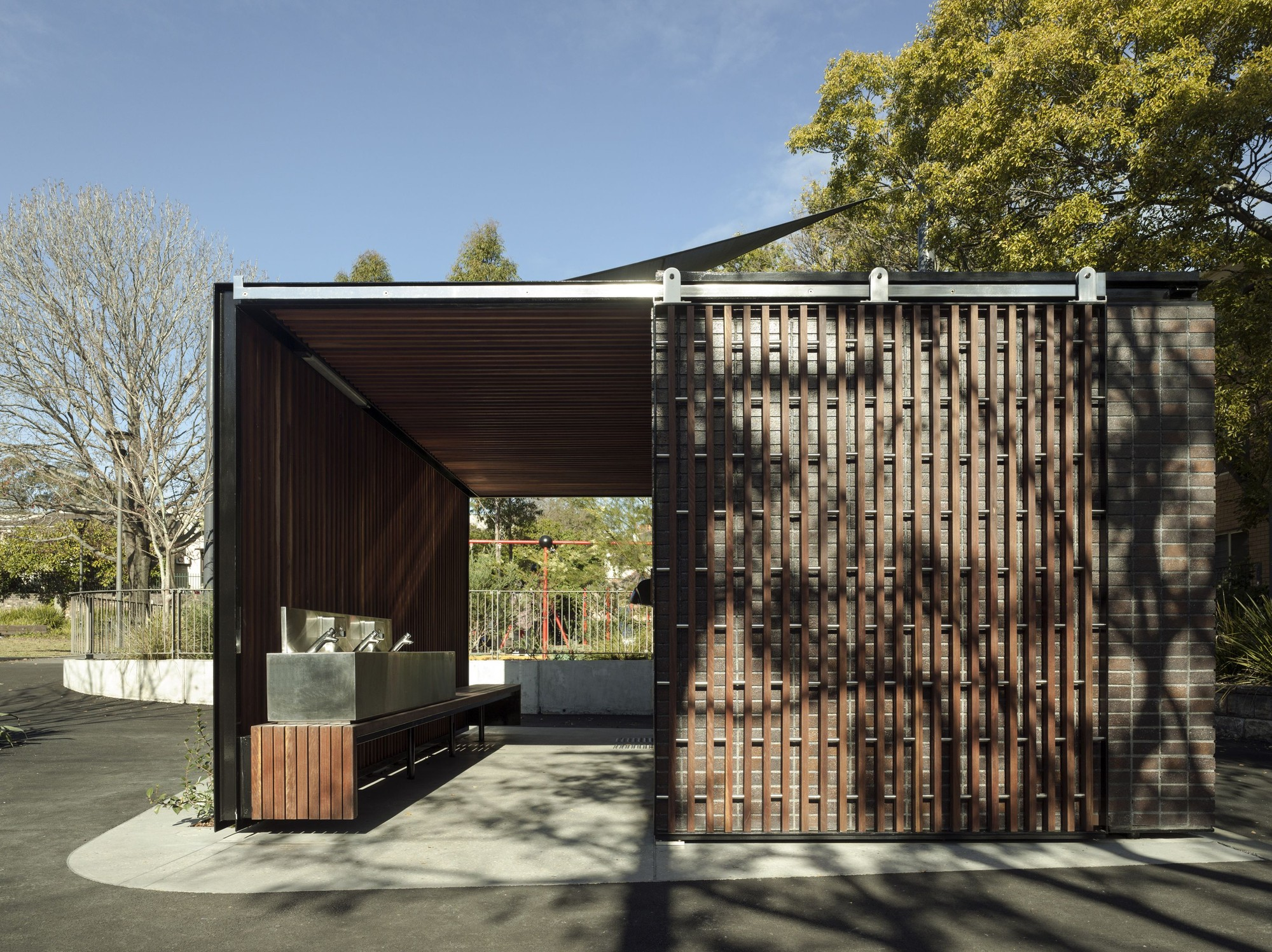 Australian institute of architects announces 2014 nsw awards archdaily Public bathroom design architecture