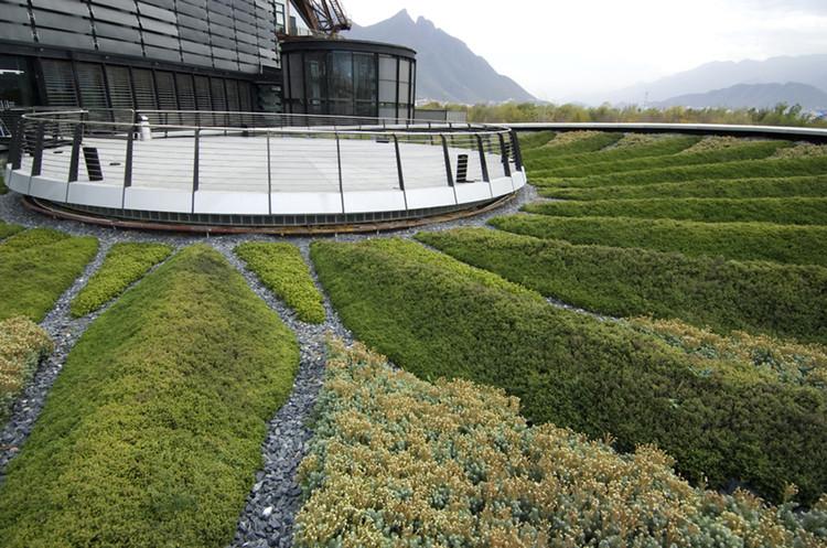 © Harari Landscape Architecture