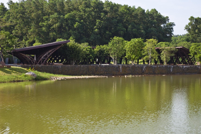 Bamboo Wing / Vo Trong Nghia Architects. Imagen © Hiroyuki Oki