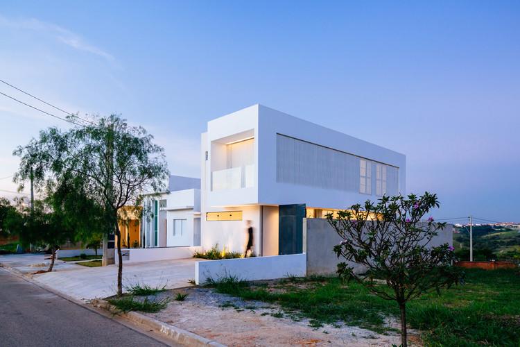 Casa Sorocaba / Estudio BRA arquitetura, © Pedro Kok