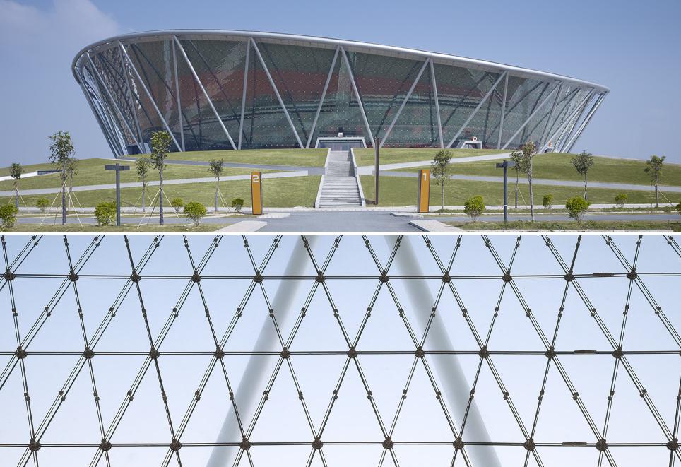 Estadio de Baloncesto en Dongguan / gmp architekten. Image © Christian Gahl