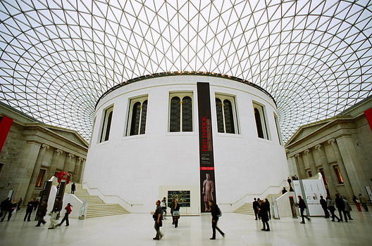 The Great Court / Fosters + Partners. Image © janis.photo