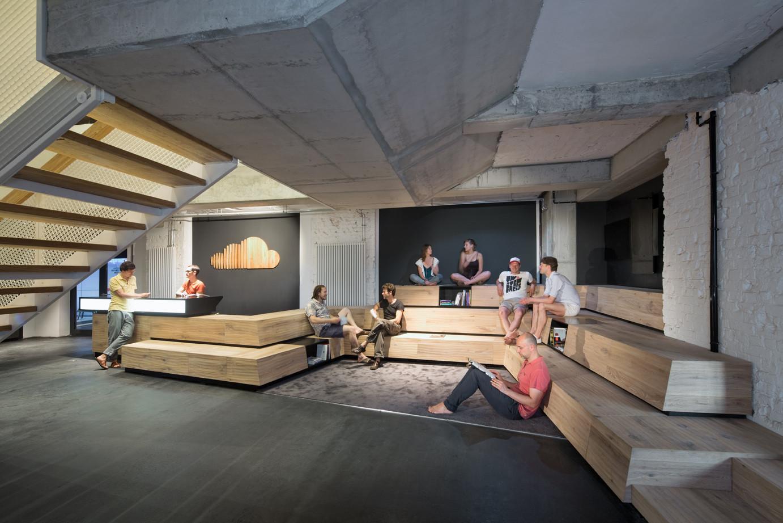 Gallery of new soundcloud headquarters kinzo berlin 12 for Kinzo berlin