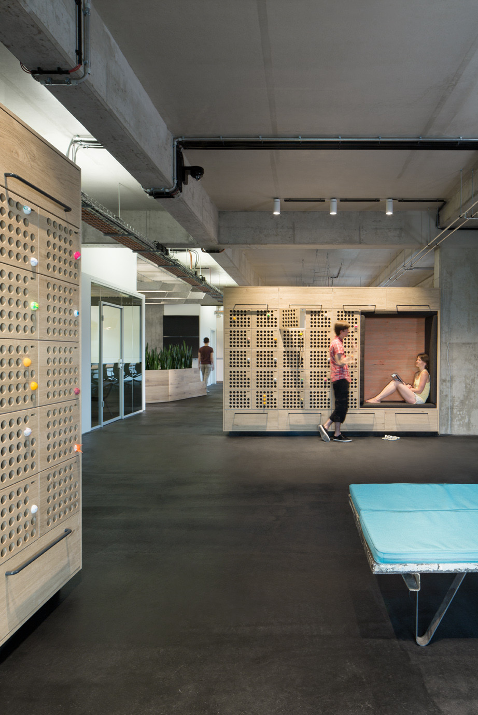 Gallery of new soundcloud headquarters kinzo berlin 24 for Kinzo berlin