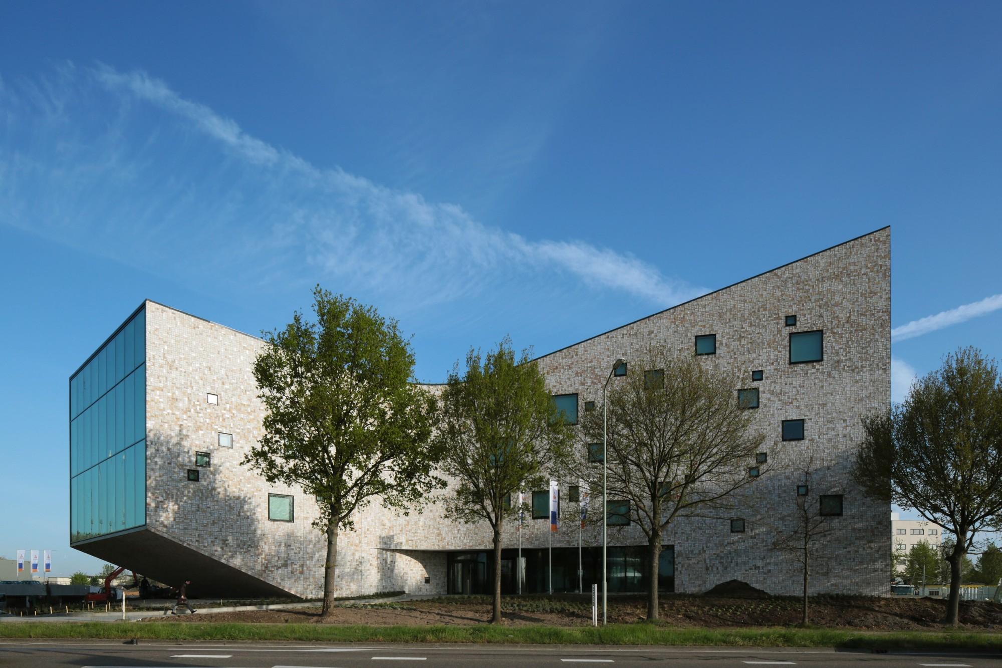 Rabobank Westelijke Mijnstreek Advice Centre / Mecanoo, © Christian Richters