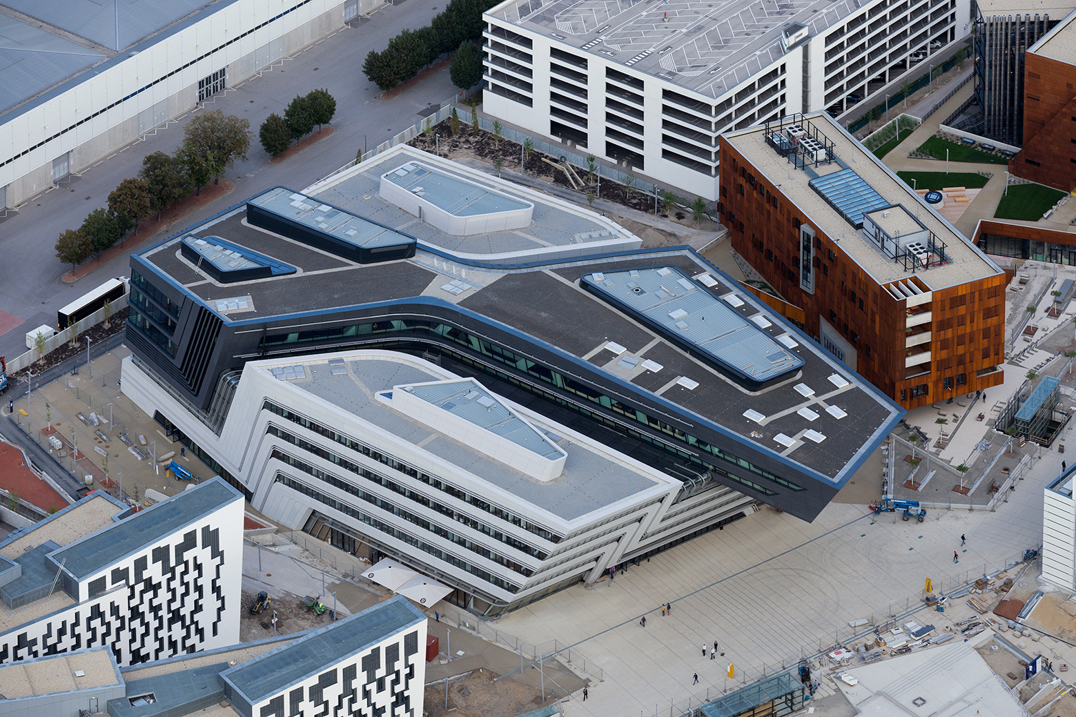 Library and learning centre university of economics vienna for Zaha hadid vienna