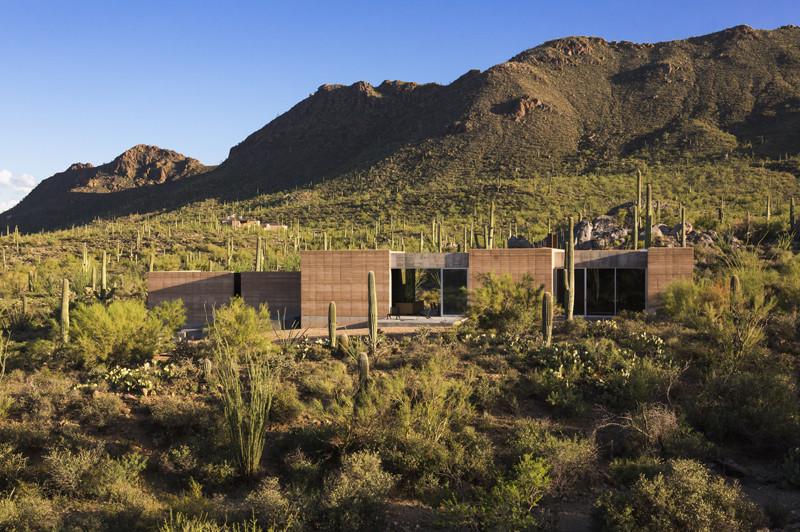 Tucson Mountain Retreat / DUST. Image © Jeff Goldberg/Esto