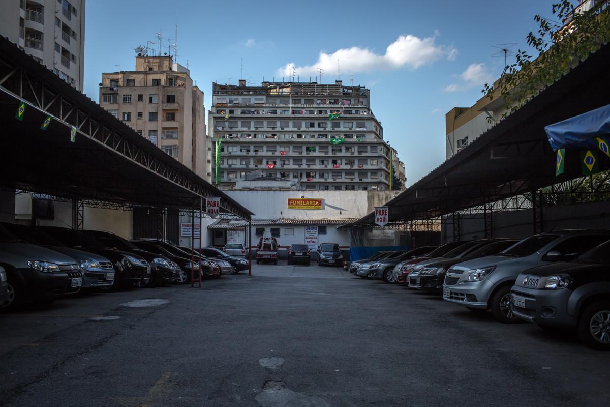 """El edificio """"Lord Palace Hotel"""" fue una vez considerado un hotel de lujo en la región de Santa Cecilia, Sao Paulo en Cento. Imagen © Leandro Moraes"""